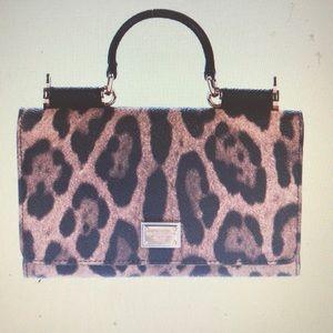 Dokce & Gabbana Sicily wallet and smartphone bag